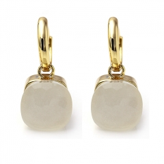 LLATO NUDO ™ EARRINGS IN 18k GOLD WITH WHITE JADE