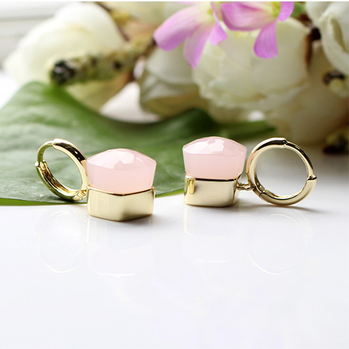LLATO NUDO ™ EARRINGS IN 18k GOLD WITH PINK QUARTZ