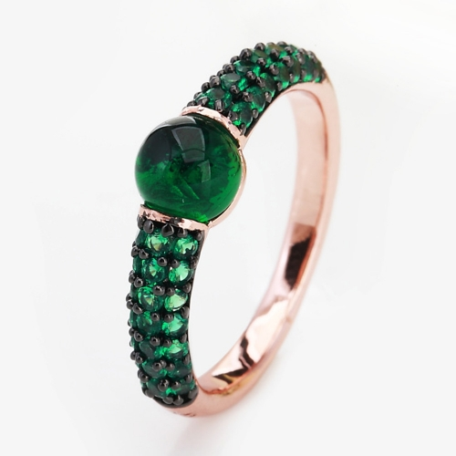 LLATO NUDO™ luxury style fashion rings in rose gold with Cabochon quartz stone and inlay green zircon
